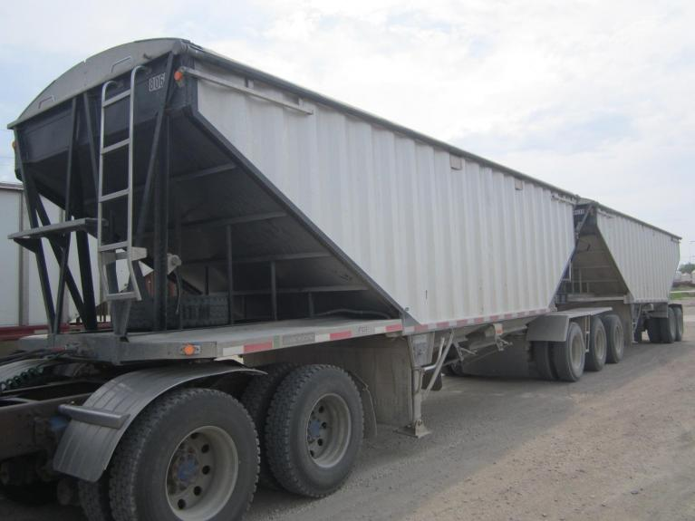 Used 2006 LODE KING  for sale Call for price at BP Motors in Morden MB