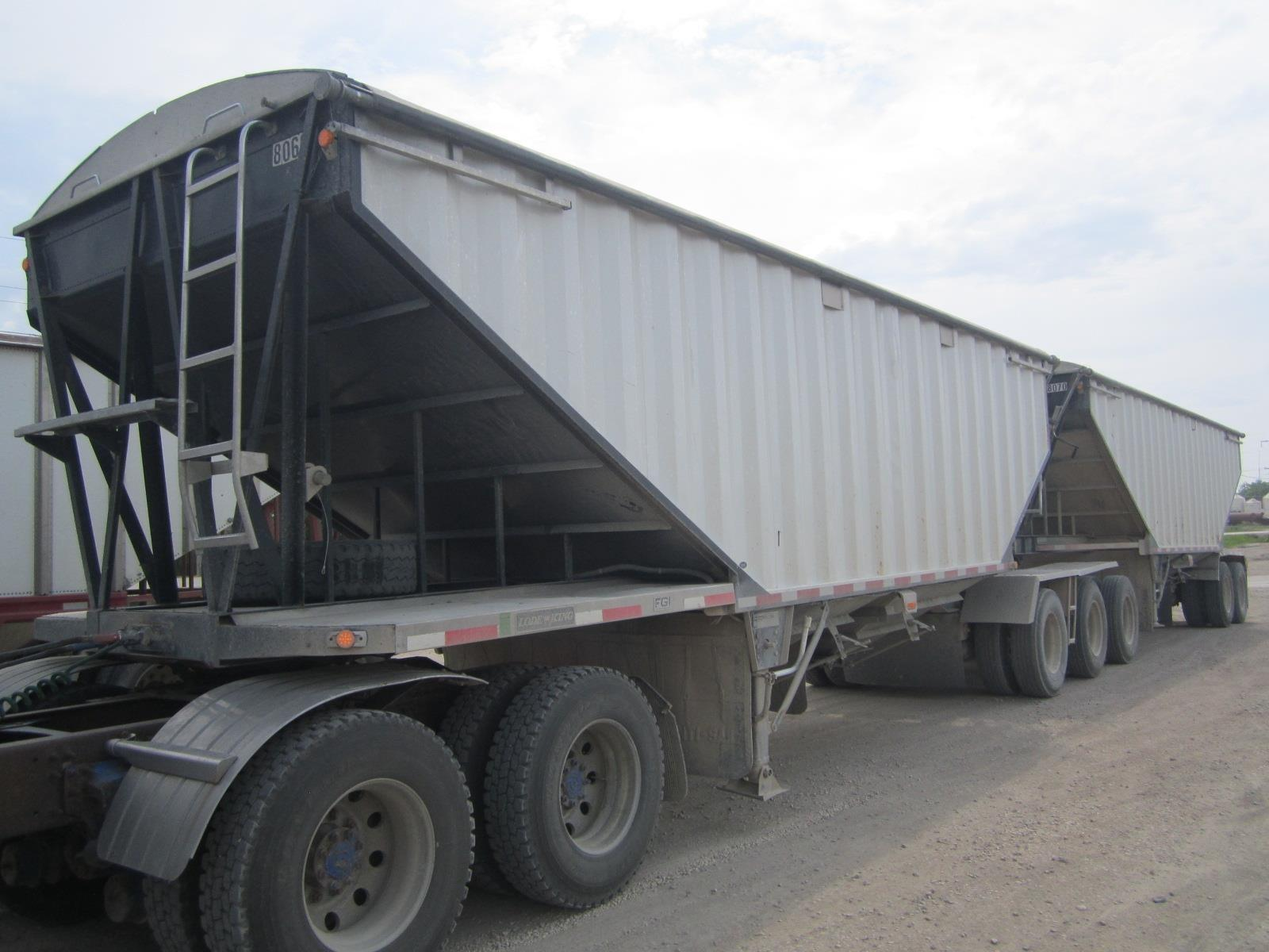 2006 LODE KING  for sale Call for price at BP Motors in Morden MB R6M 1Y9 1